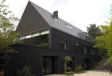Transformation et extension d'une habitation à Bruxelles