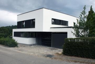 Transformation d'une habitation avec création de bureaux à Ninane